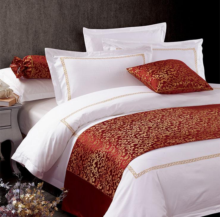 共享全禧今天来分享床尾巾、床盖、床旗在酒店中的运用